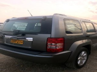 Jeep Cherokee Model 2012 Family for sale