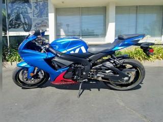 Suzuki gsx r750 for sell