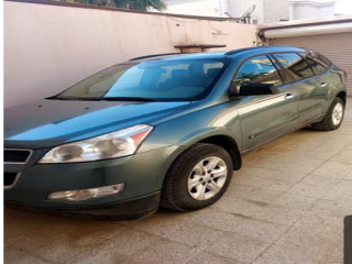 Chevorlet Travers7Seater Family Car For Sale Green Color