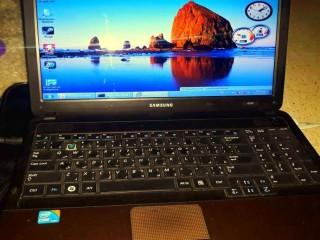 لابتوب سامسونج للبيع جيل الرابع Samsung laptop for sale fourth genera i3 Ram 2g